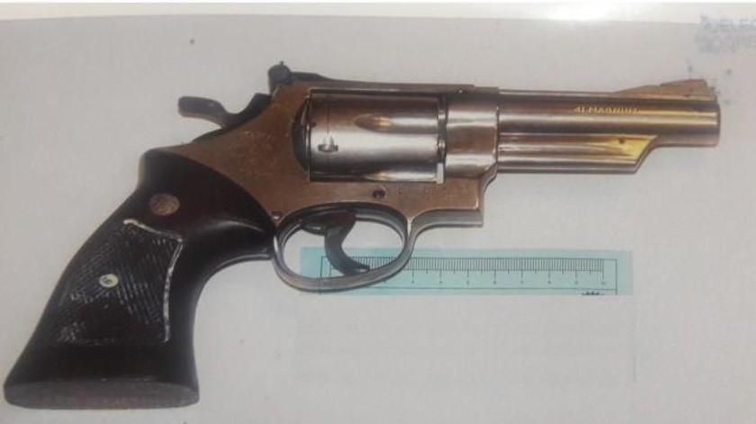 Más de 2 años de prisión contra dos personas por portación de arma de fuego