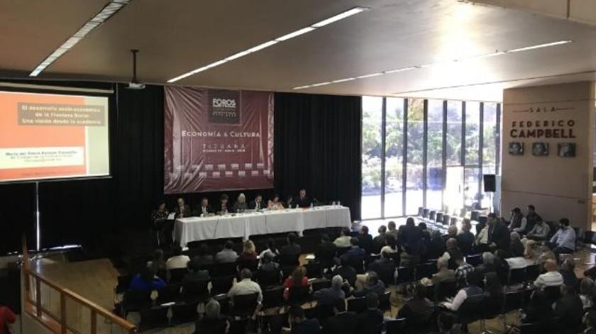 Realizan foro temático del proyecto de nación 2018-2024