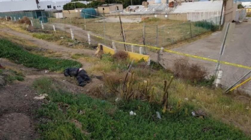 Encuentran cadáver cerca de Escénica