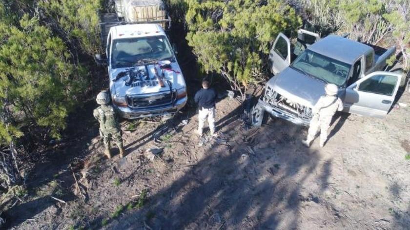 Encuentran 2 vehículos abandonados en Tecate, contaban con reporte de robo