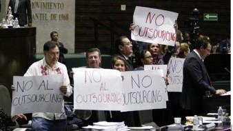Gerardo Fernández Noroña busca eliminar el outsourcing por completo en el País