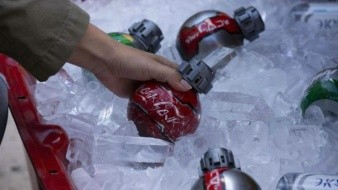 Presentan botellas de Coca Cola de Star Wars