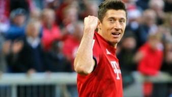 Lewandowski se calienta y lanza puñetazos a compañero del Bayern