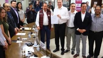 Aspirante de Morena solicita registro para la alcaldía de Tijuana
