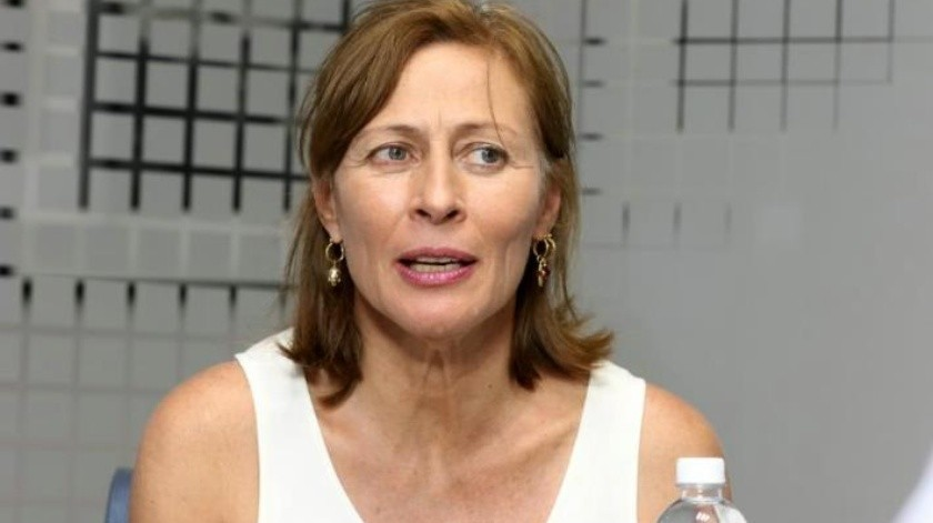 Tatiana Clouthier presenta iniciativa para eliminar senadores plurinominales