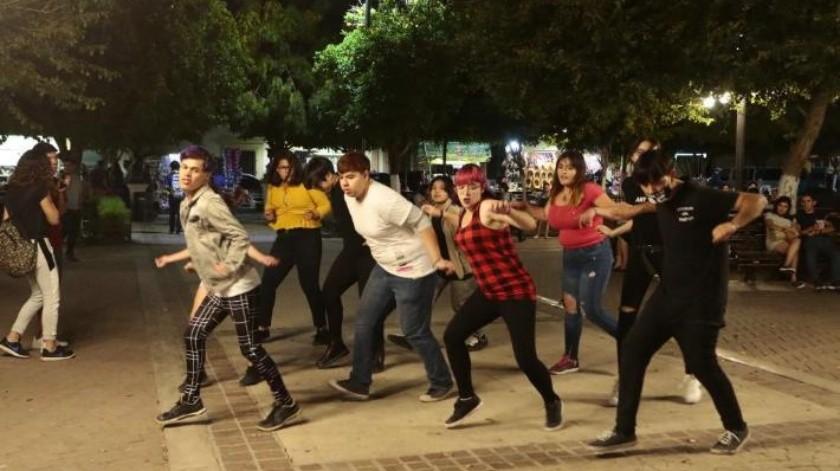"""""""Atrapa"""" a jóvenes el K-pop"""