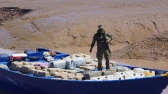 Hallan pangas cargadas con droga en el Alto Golfo de California