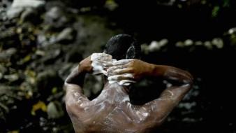 Transforman venezolanos Parque Nacional El Ávila en baño público