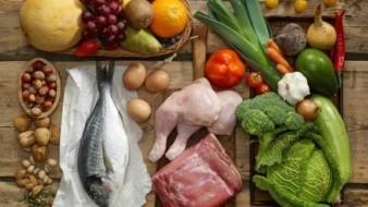 Estudio: La sal y el azúcar son responsables de una mala alimentación