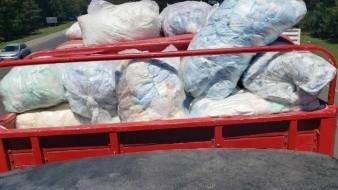 Aseguran 20 mil litros de aparente hidrocarburo escondido entre pañales desechables en Hidalgo