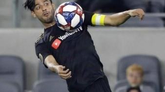 VIDEO: Anota Carlos Vela trío de goles ante los ojos de Matías Almeyda