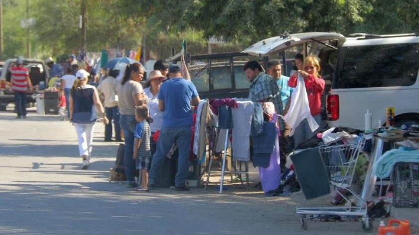 Sobreviven tianguistas en Cajeme