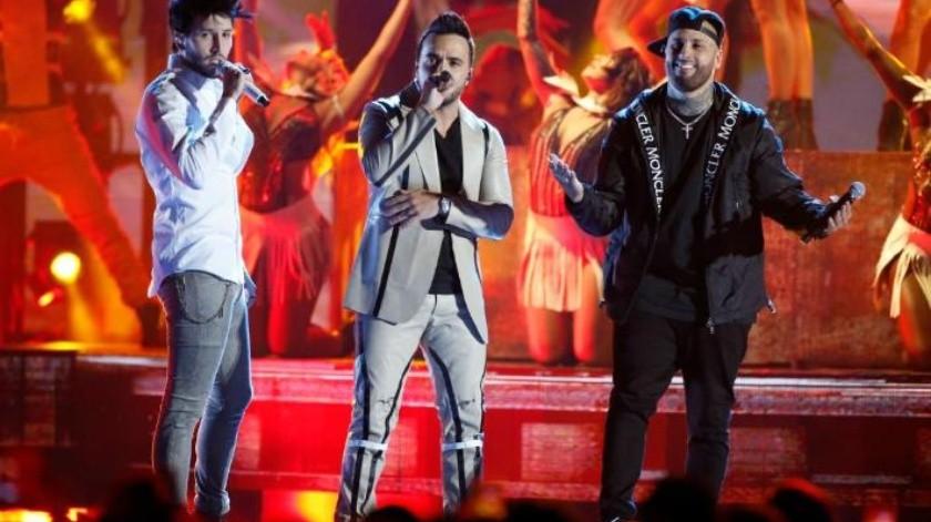 Banda MS, Nicky Jam y Balvin ganan primeros Premio Billboard