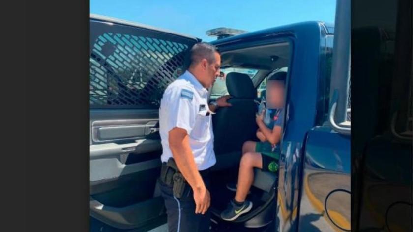 VIDEO: El niño lloraba afuera de la tienda; familia olvida a niño en un Oxxo en Chiapas