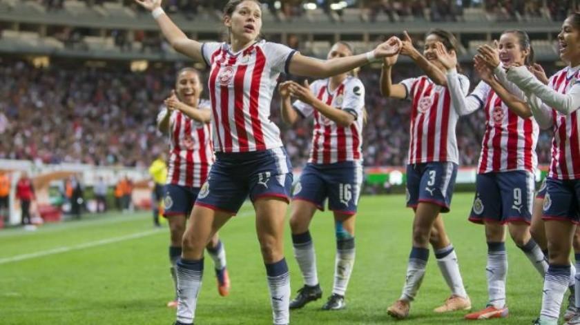 ''Aunque sean mujeres'': DT de Norma Palafox desata polémica en Liga MX Femenil