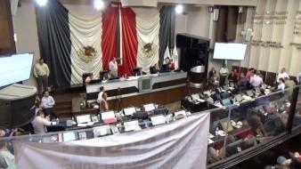 Cierran diputados periodo ordinario con aprobación de 11 asuntos