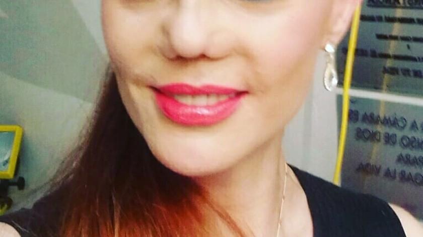 """Carmen Campuzano buscó otra alternativa para tratar su problema de nariz, así que acudió al reality médico """"Botched"""" para que los cirujanos plásticos la ayudaran, sin embargo, ellos le confesaron que no era candidata a otra cirugía.(Instagram)"""