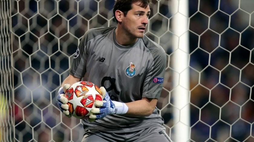 Iker Casillas sufrió un infarto al miocardio esta mañana.(AP)