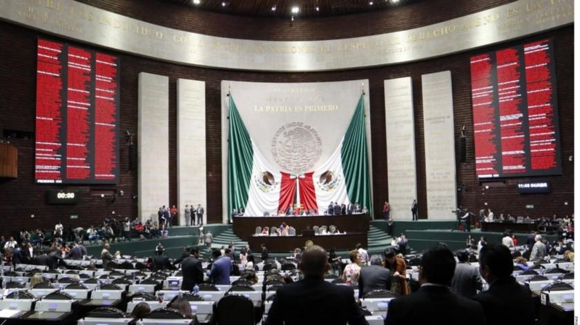 AMLO entrega a la Cámara de Diputados plan de Desarrollo.(GH)