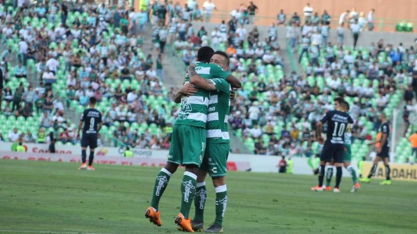 Santos cierra torneo con una goleada 5-2 sobre Pumas