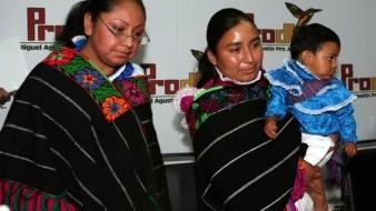 Cada comunidad debe estar de acuerdo en las rutas que habrá de seguir para la revitalización de su lengua.