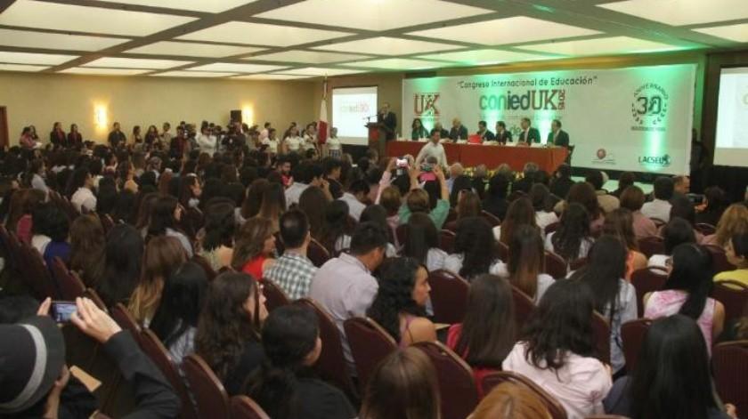 Realiza la Universidad Kino Congreso Internacional de la Educación
