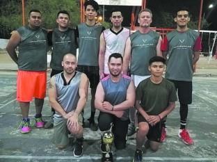 Mochomos monarca del Torneo de Basquetbol de Los Jardines - 6 : color