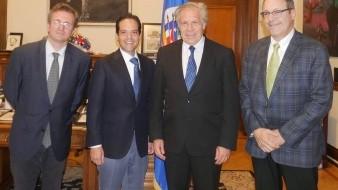 Se reúne ''Maloro'' con secretario de OEA