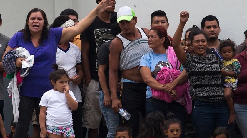 México incrementó las detenciones y devoluciones de migrantes indocumentados más de 60% en abril con respecto al mes anterior, según datos ofrecidos el jueves por el Instituto Nacional de Migración.(AP)