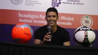 Jesús Molina ofreció una charla a estudiantes del ITH.