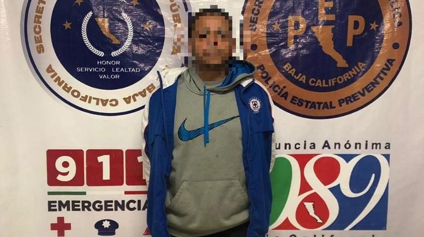 """El supuesto fugitivo se identificó con el nombre de Felix """"N"""", de 43 años de edad.(Cortesía)"""