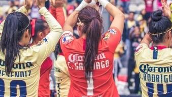 Portera mexicana vestiría la misma ropa que ''El Chucky''