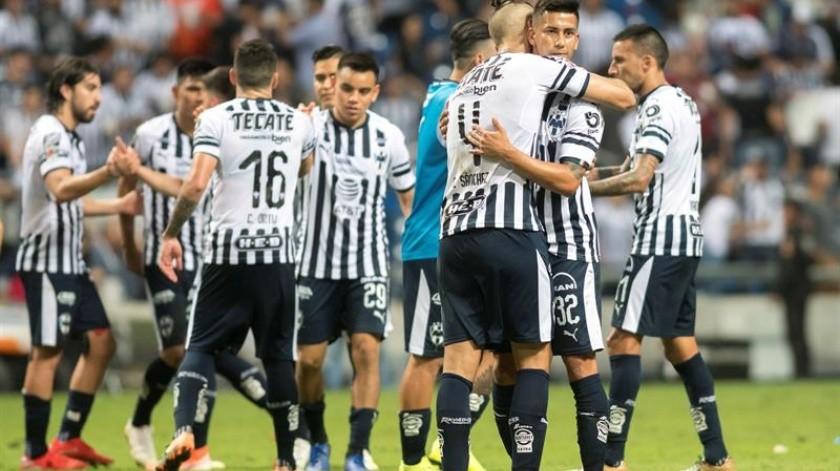 Los Rayados de Monterrey del entrenador uruguayo Diego Alonso vencieron hoy por 1-0 al Necaxa con un gol de Rodolfo Pizarro y se clasificaron a las semifinales del torneo Clausura 2019 del fútbol mexicano.(EFE)