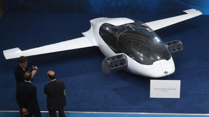 El primer prototipo del taxi volador fue presentado por la starup alemana Lilium(AFP)