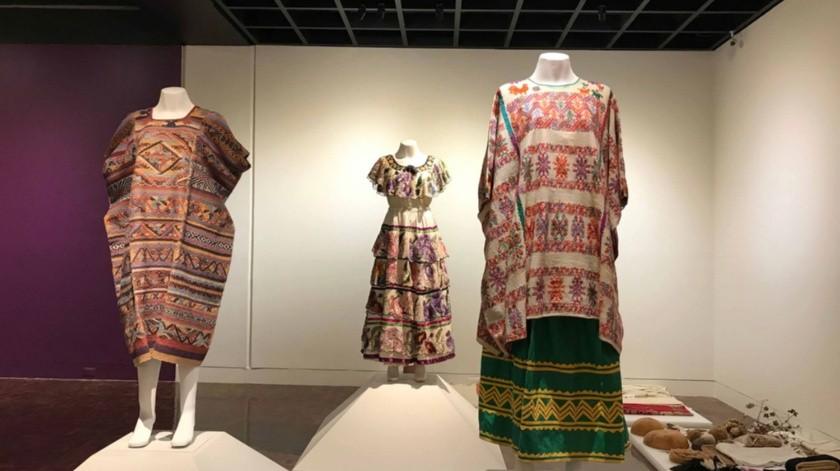 "Textiles de Oaxaca, Guerrero, Chiapas, Veracruz, Tabasco, Campeche, Yucatán y Quintana Roo conforman la exposición ""México Textil – Sur/Sureste""."