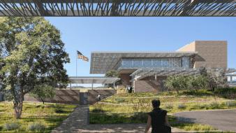 """Con una inversión total de 211 millones de dólares, de los cuales 70 impactarán directamente a la economía local, ayer se dio la """"palada"""" oficial de lo que será el nuevo edificio del Consulado de Estados Unidos en Nogales, Sonora."""
