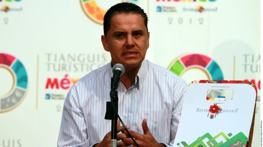 Roberto Sandoval, ex gobernador de Nayarit, negó haber recibido dinero del crimen y dijo que solo tienen 300 mil pesos en el banco.(Reforma)