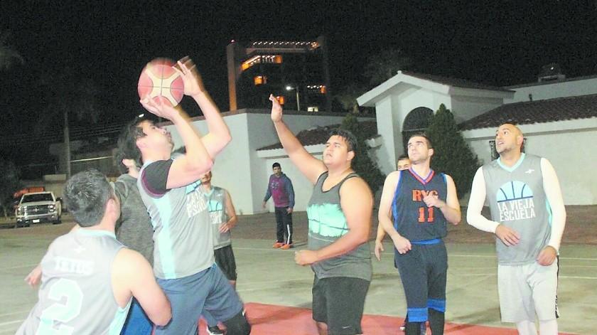 La Vieja Escuela se llevó dos victorias en el Streetball.(Banco Digital)
