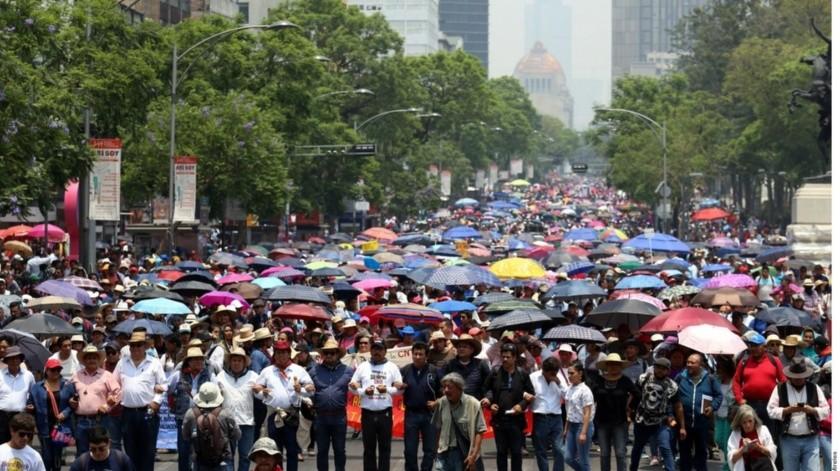 """La CNTE demandó al presidente de México """"respeto y reconocimiento"""" para los normalistas.(GH)"""