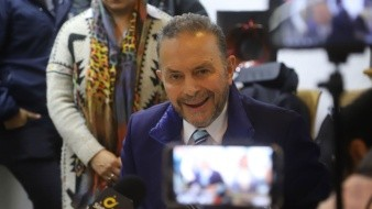 Fernando Castro Trenti ya no pertenece al PRI.