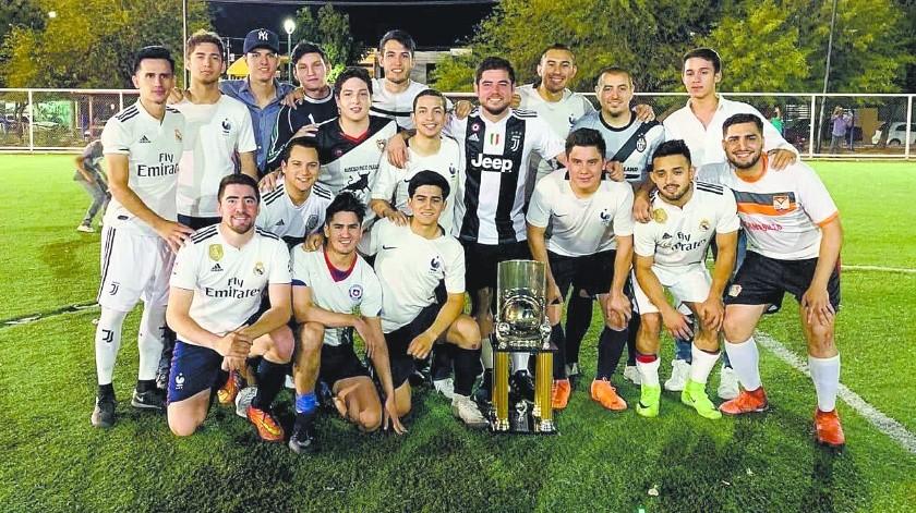 SAP celebró el campeonato del torneo de futbol rápido.