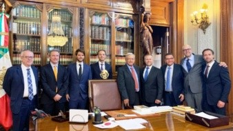 El presidente Andrés Manuel López Obrador recibió esta tarde de miércoles en Palacio Nacional a inversionistas de la empresa sueca IKEA.