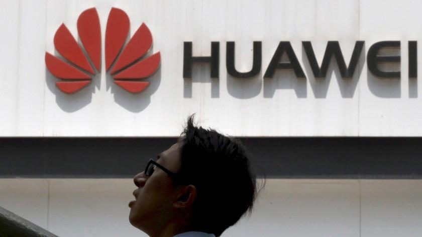"""Canciller chino define como """"acoso económico"""" medidas de EU con Huawei(GH)"""