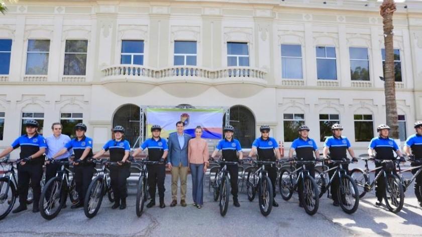 Los nuevos elementos que se incorporan a Unidad Ciclista de la Policía Municipal fueron presentados por el alcalde Guillermo Galván.(Cortesía)