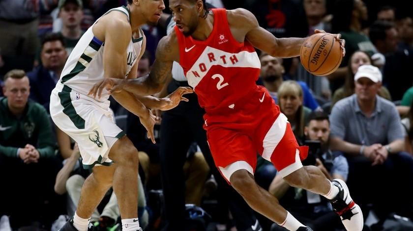 Khawi Leonard deja a Raptors arañando la final de NBA(AFP)