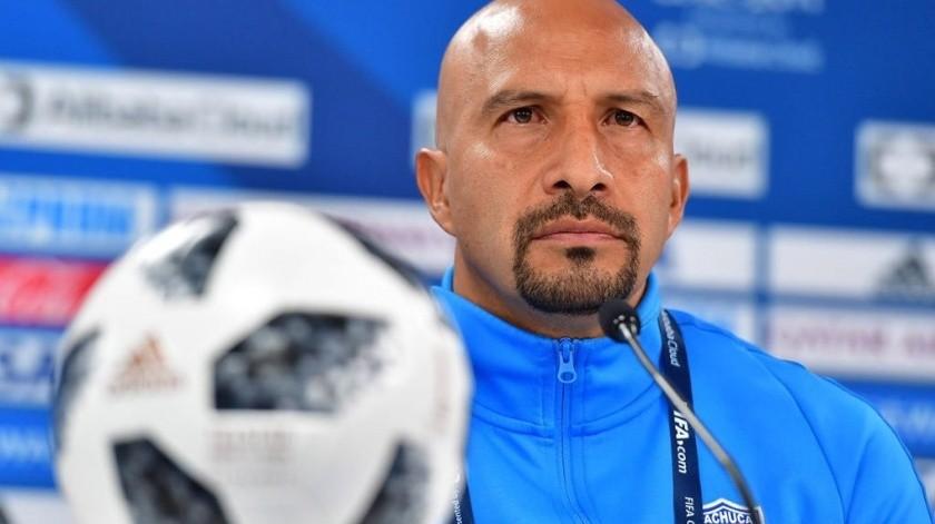 El ex seleccionado nacional alargaría su trayectoria futbolística por seis meses más con los Tuzos del Pachuca.(Twitter)