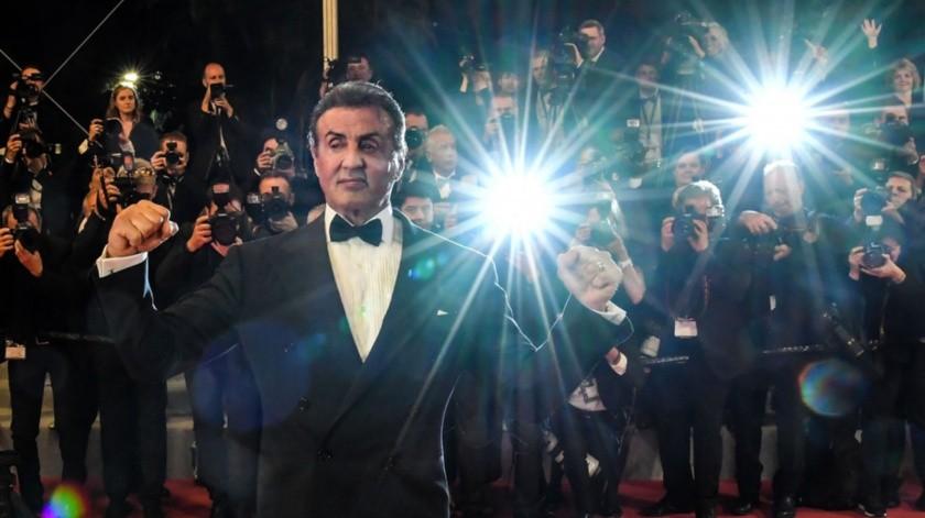 Sylvester Stallone es recibido por sus seguidores en Cannes.