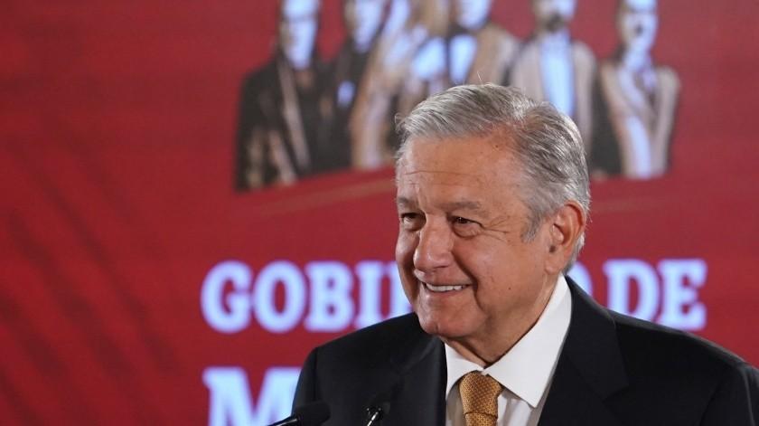 El presidente Andrés Manuel López Obrador adelantó que firmará un decreto para reducir la carga fiscal de Pemex y que Hacienda deje de exprimir a la empresa productiva del Estado Mexicano.(AP)