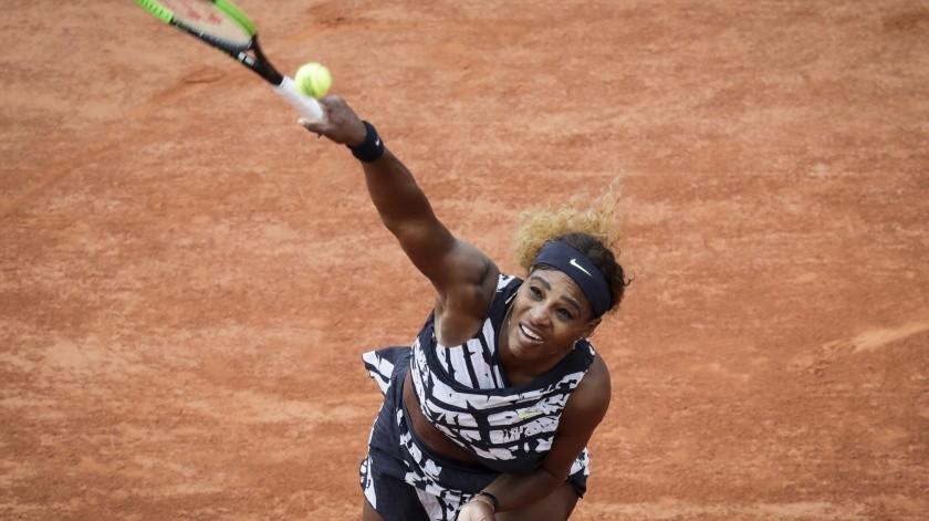 Serena Williams se luce hasta en su outfit en Roland Garros(AFP)