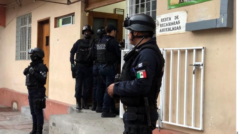 Luego del despliegue alrededor de las 19 horas los caribeños fueron llevados a la Estación Siglo 21 del INM, indicaron fuentes de seguridad.(Agencia Reforma)